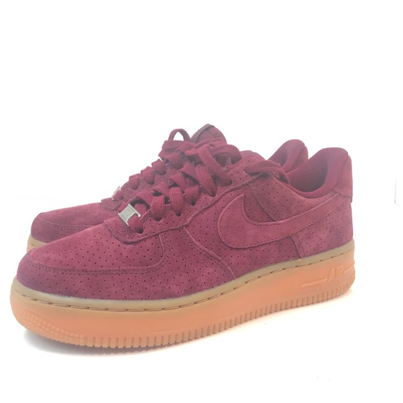Nike Air Force low women's size 6 suede